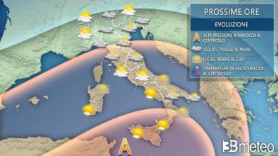 Photo of 3b Meteo: PROSSIME ORE tra anticiclone, NEBBIE e LOCALI PIOGGE.