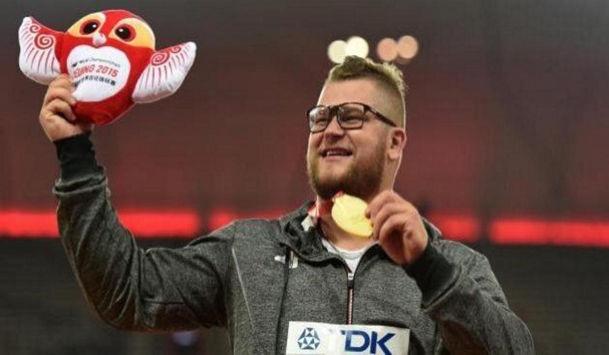 Olimpiadi, medaglia usata per pagare il taxi